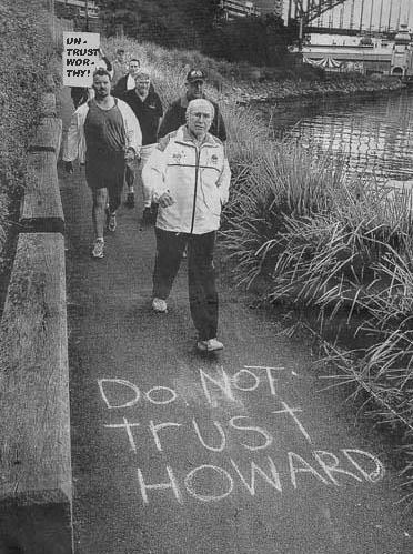 Do Not trust HoWARd
